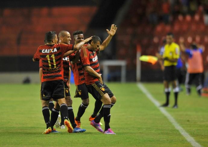 neto baiano sport x botafogo (Foto: Aldo Carneiro / Pernambuco Press)