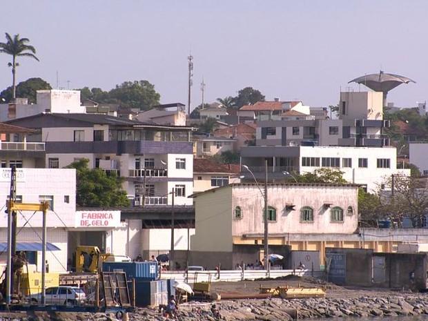 Operação ocorreu no Centro de Guarapari e bairro Kubitschek (Foto: Reprodução/ TV Gazeta)
