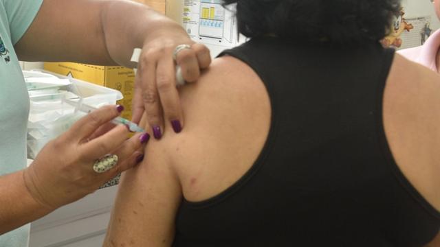 Vacina pode ajudar na prevenção da gripe (Foto: Romero Mendonça/Secom)
