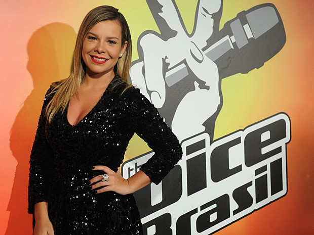 Fernanda Souza também foi apresentadora da terceira temporada do The Voice Brasil, em 2014. (Foto: Vídeo Show / Gshow)