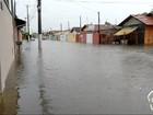 Temporal deixa ruas alagadas no Vale do Paraíba nesta terça-feira