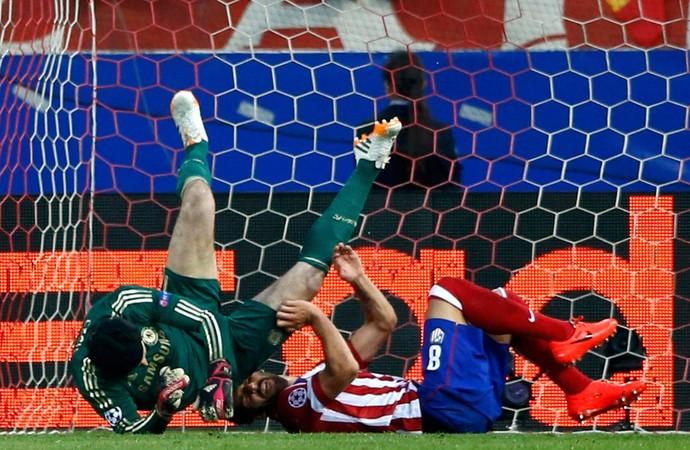 Cech Atlético de Madri x Chelsea (Foto: Reuters)