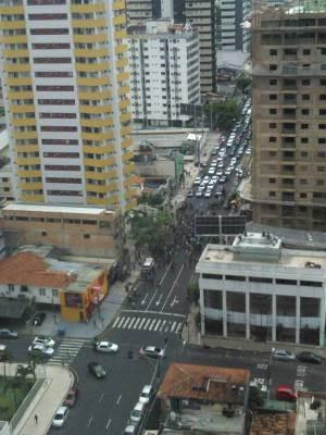 Trabalhadores seguem em caminhada pelas ruas de Belém. Construção Civil   (Foto: Márcio Baena Braga/ Arquivo pessoal)