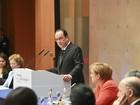 Hollande diz que não haverá acordo para o clima sem financiamentos