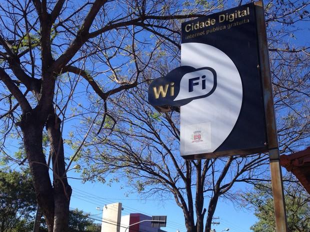 Vítima rastreou o aparelho até a área de Wi-Fi no Parque do Povo (Foto: Heloise Hamada/G1)