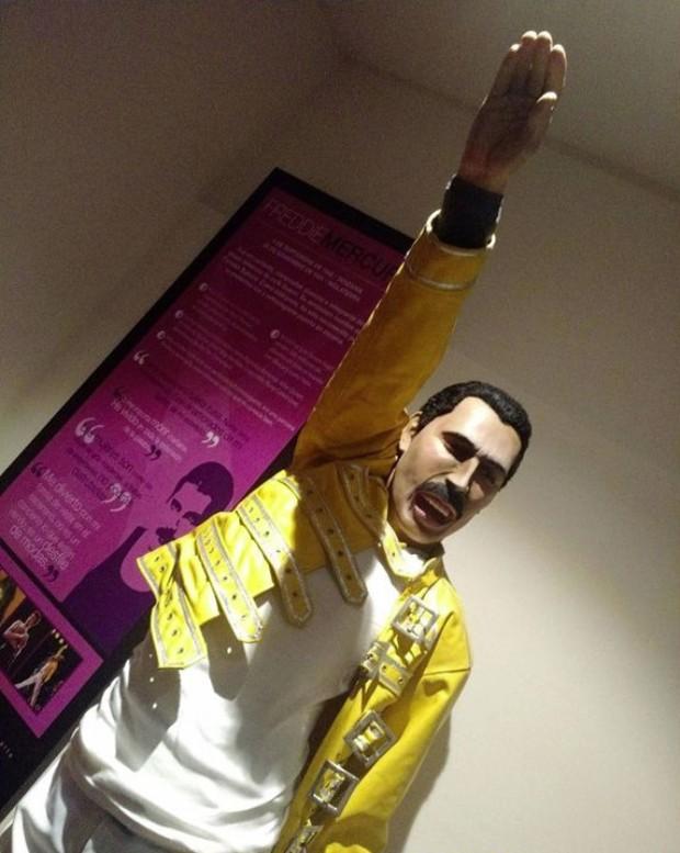 Estátua de cera de Freddie Mercury (Foto: Reprodução)