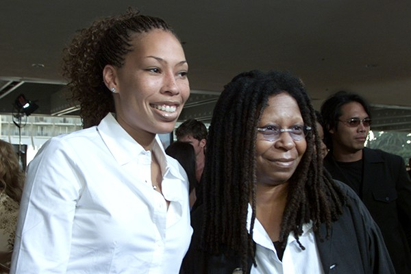 Alex Martin e Whoopi Goldberg (Foto: Getty Images)
