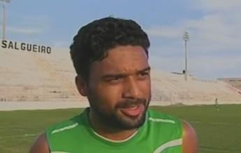 Cássio Ortega celebra bom início de temporada com a camisa do Salgueiro