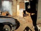 Motorista perde controle de caminhonete e invade casa na BA