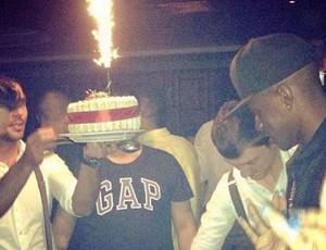 Ramires comemoração aniversário (Foto: Reprodução / Instagram)