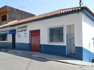 Casarão de Artes de Arujá realiza sessões de cinema gratuitas, em março (Foto: Willian Almeida/Prefeitura de Arujá)