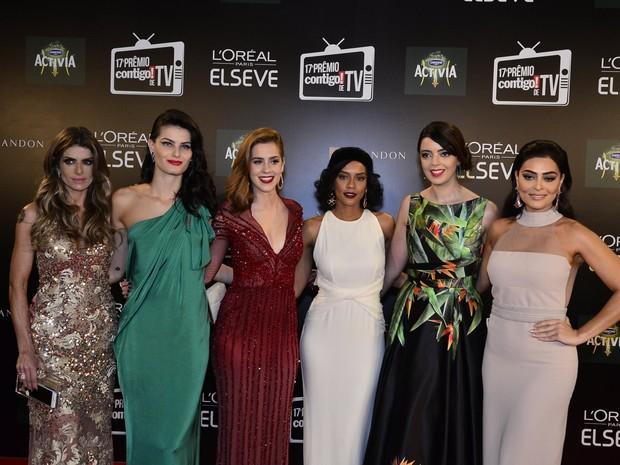 Carol Magalhães, Isabeli Fontana, Sophia Abrahão, Taís Araújo, Lia Camargo e Juliana Paes (Foto: Roberto Teixeira / EGO)