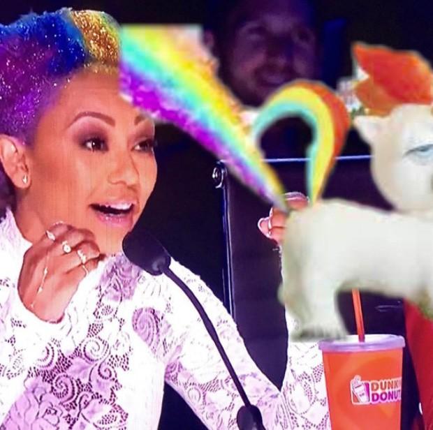 Mel B vira meme com cabelos multicoloridos (Foto: Reprodução/Instagram)