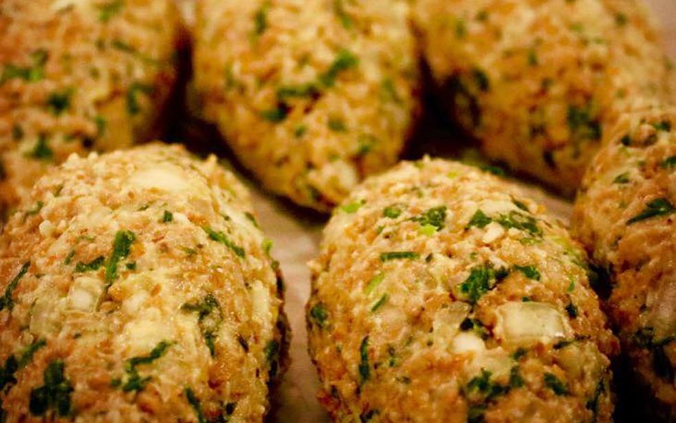 Kibe do Açougue Vegano leva soja e recheio de espinafre com tofu (Foto: Açougue Vegano/Divulgação)