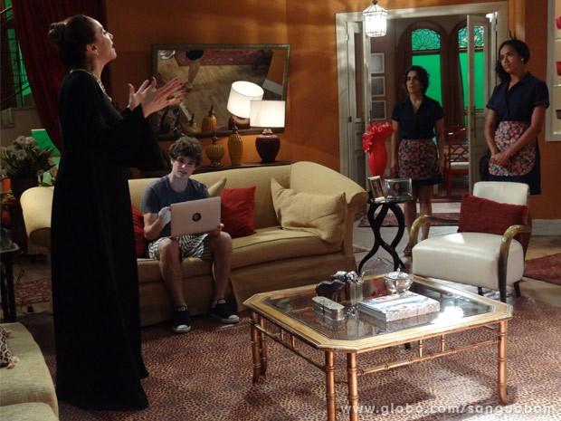 Damáris demite Sheila depois de ela ter rendido às tentações de Tito (Foto: Sangue Bom/ TV Globo)