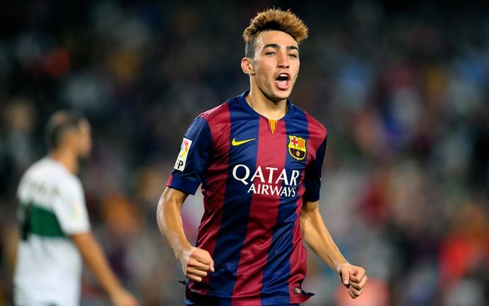 Munir comemora gol pelo barcelona (Foto: AP)