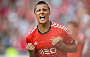 Lima atacante do Benfica (Foto: AFP)