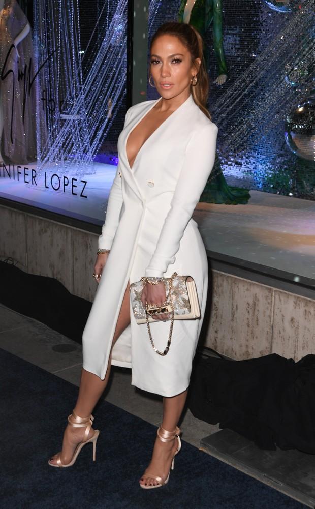 Jennifer Lopez em evento em Los Angeles, nos Estados Unidos (Foto: Mark Ralston/ AFP)