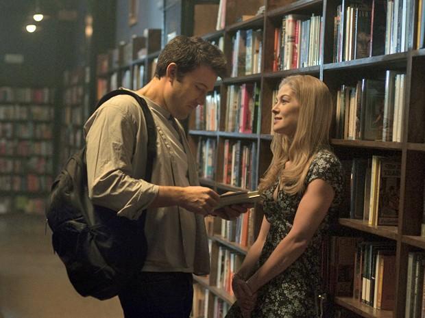 Ben Affleck e Rosamund Pike em 'Garota exemplar' (Foto: Divulgação)