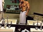 Eu me amo! Famosos sarados adoram mostrar os músculos em rede social