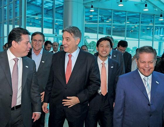Fernando Pimentel na inauguração da fábrica da Caoa, em 2013 (Foto: Lailson Damasio/Palácio do Governo)