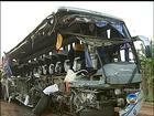 Motorista de ônibus de acidente com 13 mortos nega estar na contramão
