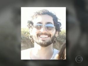 Morte de João Alex Schomaker está sendo investigada pela Divisão de Homicídios da Polícia Civil (Foto: Reprodução/ TV Globo)