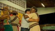 Idosos do Centro de Convivência Mimi Cruz participaram de um grande arrasta-pé (Reprodução/ TV TEM)
