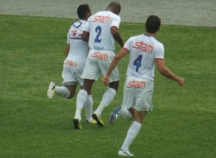 Ziquinha comemora gol no Bonsucesso (Foto: Vinicius Gastin/Divulgação)