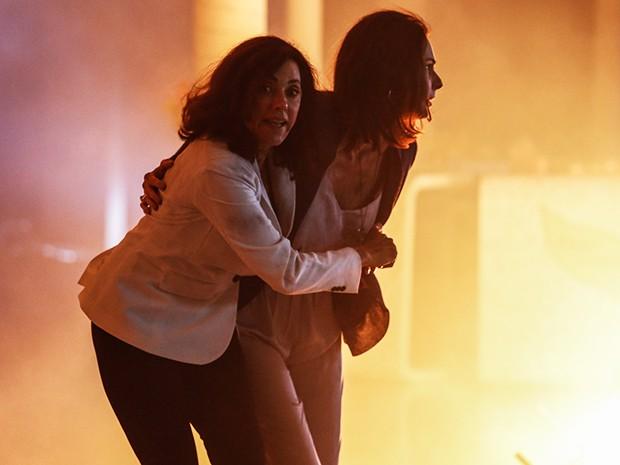 Maria Inês e Úrsula ficam no meio do fogo! (Foto: Fábio Rocha/Gshow)