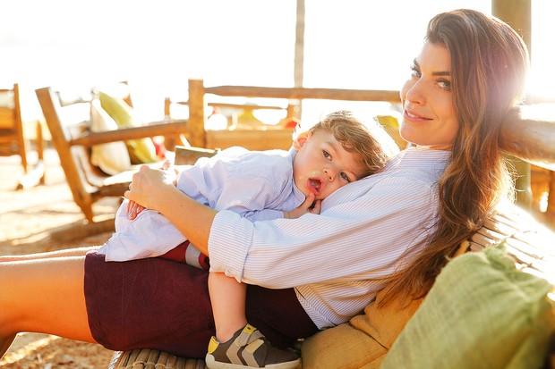 [MODA] Joana Balaguer e filho Martin posam para o EGO (Foto: Marcos Serra Lima/EGO)