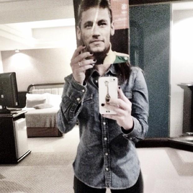 Fernanda Paes Leme posta foto com o rosto de Neymar (Foto: Instagram / Reprodução)