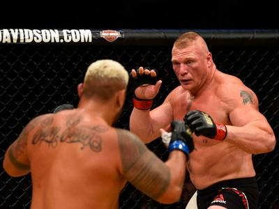 Brock Lesnar x Mark Hunt UFC 200 (Foto: Getty Images)
