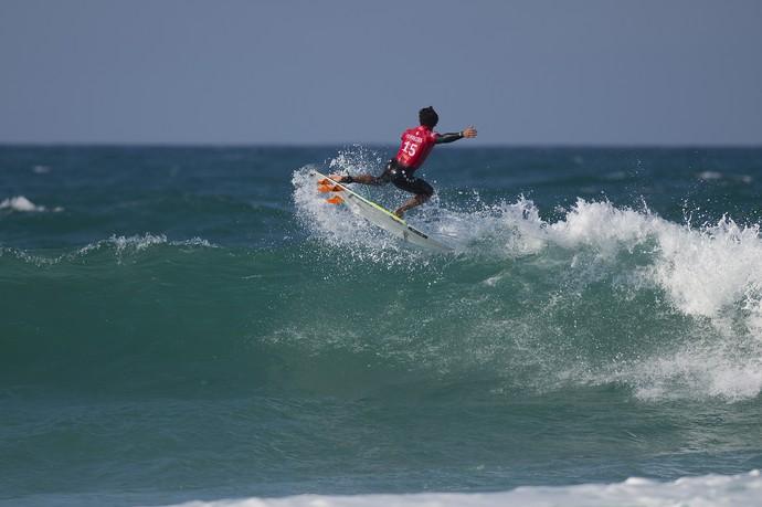 Italo Ferreira em ação na etapa de Jeffreys Bay pelo Mundial de Surfe 2015 (Foto: Divulgação / WSL)
