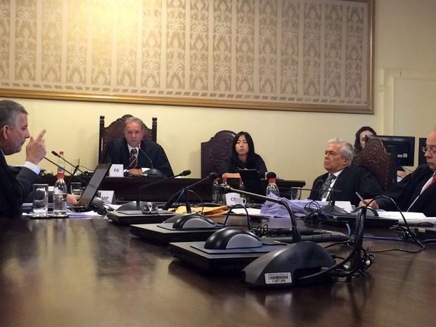 Tribunal de Justiça analisa pedido do governo de SP que pedia reintegração de escolas estaduais (Foto: Paula Paiva Paulo/G1)