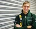 Vitaly Petrov substitui Jarno Trulli e assume vaga de titular na Caterham