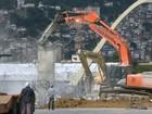 Prefeitura do Rio demole torre de TV da Marquês de Sapucaí