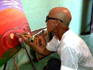 Tito Mendes mostra sua arte no BDA (Foto: Reprodução/TV Gazeta)