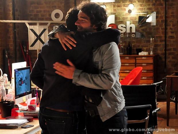 Fabinho comemora a parceria (Foto: Jacson Vogel / TV Globo)