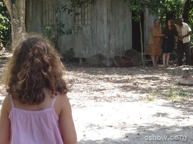 Pérola sonha com casebre de Sílvia e descobre onde tia está (Foto: Joia Rara/TV Globo)