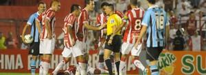 Gol, lances e entrevistas do jogo entre Náutico e Grêmio (Aldo Carneiro/Pernambuco Press)