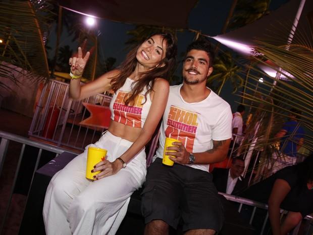 Maria Casadevall e Caio Castro em festa em festa em Porto de Galinhas, Pernambuco (Foto: Felipe Panfili/ Ag. News)