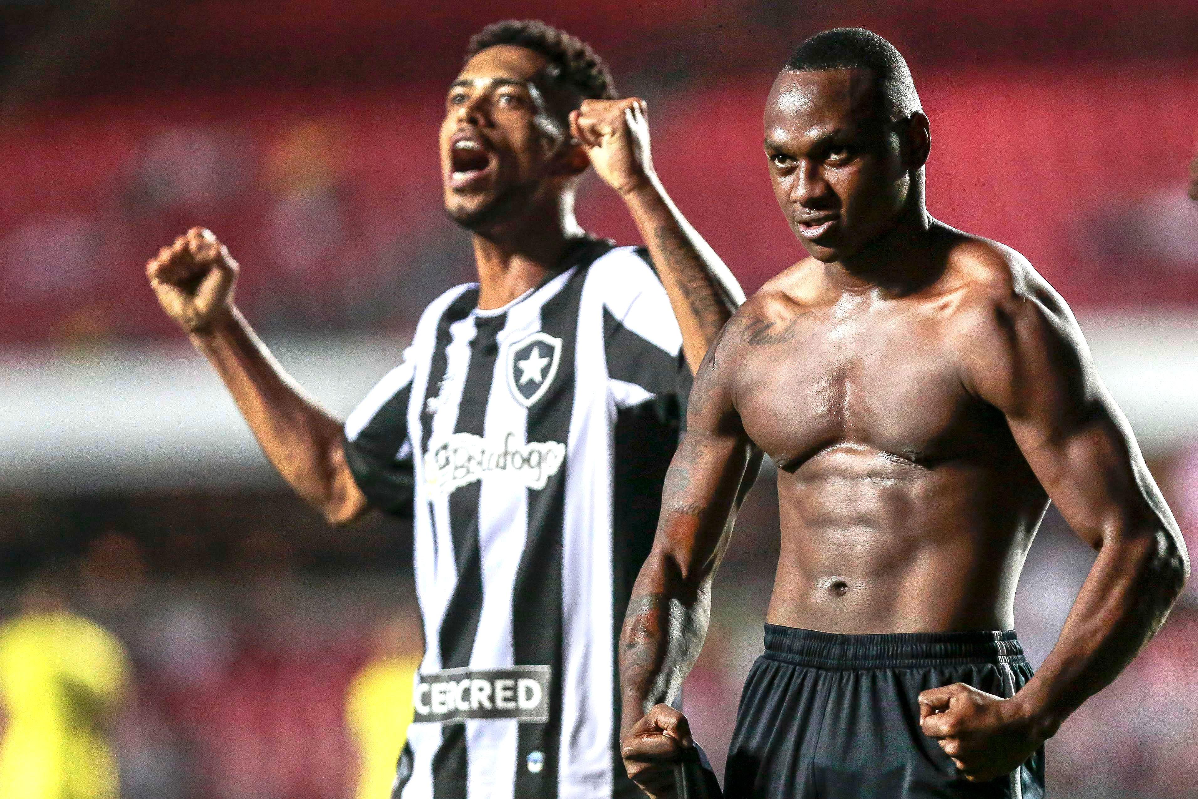 São Paulo X Botafogo - Campeonato Brasileiro 2016  515b7b6ba8dc2