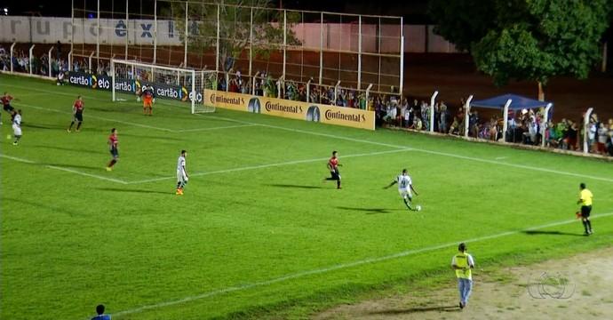 Gurupi x JEC  (Foto: Reprodução/TV Anhanguera)