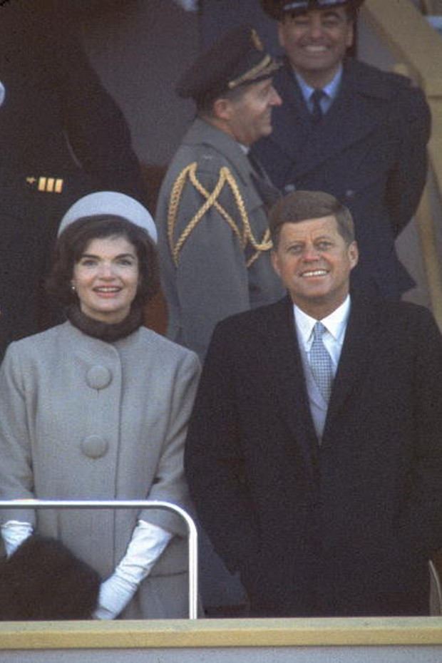 Jackie O. e John F. Kennedy na inauguração do ex presidente (Foto: Getty Images)