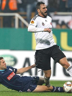 Hugo Almeida, Besiktas x Stoke C. (Foto: Reuters)