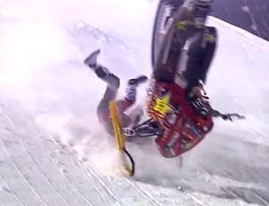 FRAME Caleb Moore queda de snowmobile competição (Foto: Reprodução)