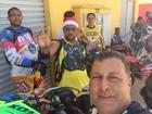 Grupo de trilheiros 'Xega Himpina' distribui brinquedos