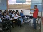 Brasil investiu mais em educação, mas gasta pouco por aluno, diz OCDE