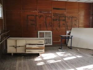 Na Padre Reus, sete salas foram desativadas após ventilador queimar (Foto: Hygino Vasconcellos/G1)
